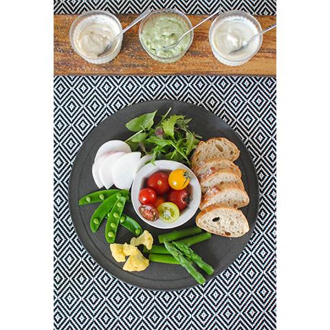 【濃いアーモンドミルクレシピ】春野菜と三種のアーモンドミルクディップ(だしクリエイター/料理家・菊地先生 考案レシピ)