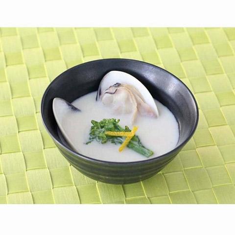 【濃いアーモンドミルクレシピ】アーモンドミルクと蛤のお吸い物