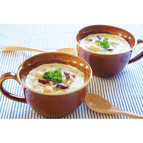 【濃いアーモンドミルクレシピ】きのこと豆のアーモンドミルクスープ
